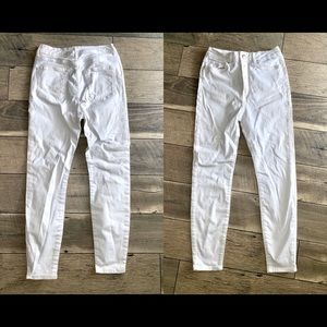 NWT WHITE HIGH-WAISTED F21 JEANS ✨👖 SIZE 28
